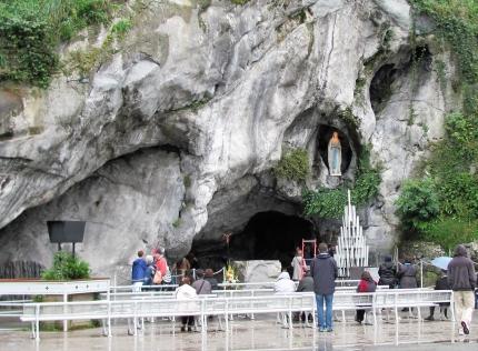Lourdes2011a
